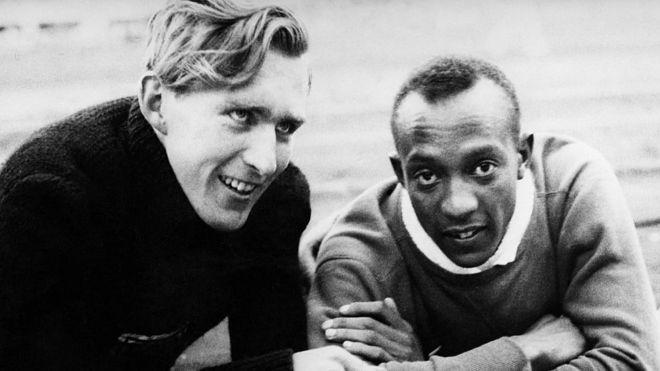 Luz Long e Jesse Owens.