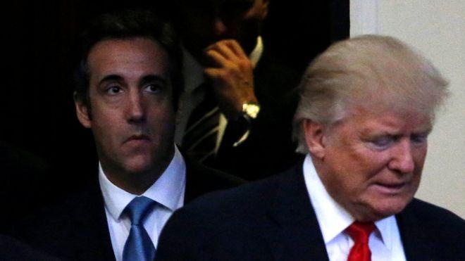 Michael Cohen (solda), Trump'ın eski avukatı