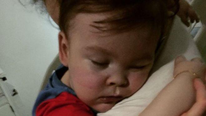 197f38a2fd Direito de imagem Kate James Image caption Os aparelhos que ajudam o bebê  ...