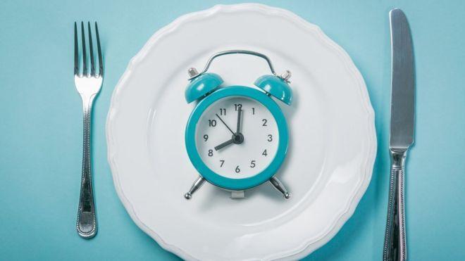 es normal tener hambre cada 2 horas