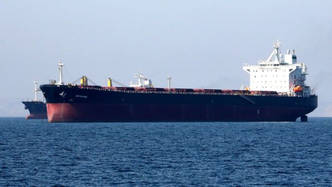 An oil tanker in the Strait of Hormuz, near the Iranian port of Bandar Abbas (30 April 2019)