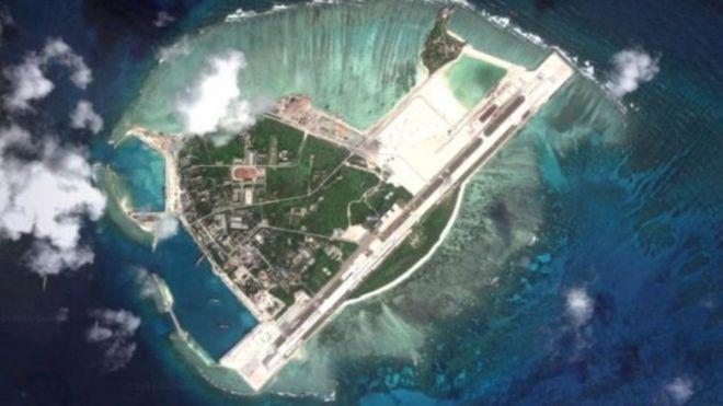 Theo tờ New York Times, có thể chiếc phi cơ ném bom H-6K đã hạ cánh ở đảo Phú Lâm, thuộc quần đảo Hoàng Sa