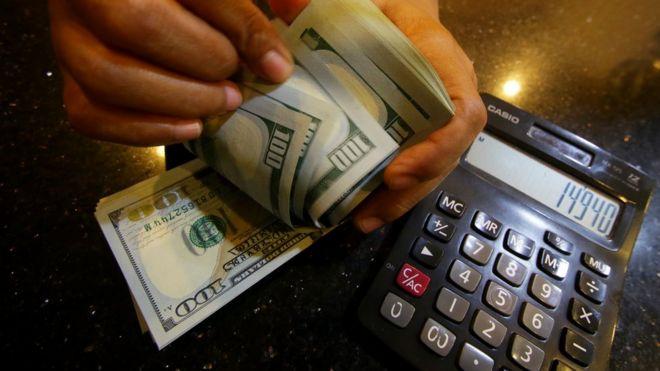 Nilai tukar rupiah per dolar  Empat cara warganet menanggapinya ... 8fd9c4ec4a