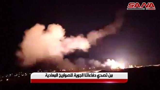 وكالة الأنباء السورية نشرت صورا قالت إنها لهجوم صاروخي