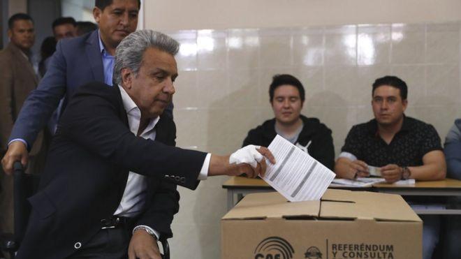 ¿El fin político de Rafael Correa?: qué significa para el expresidente de Ecuador el resultado del referendo promovido por su sucesor, Lenín Moreno