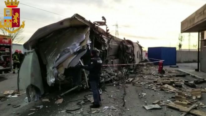 Wreck of train - Italian police picture