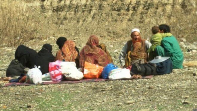 افغانستان: پاکستان به ۷۰۰ هزار مهاجر افغان مدرک مهاجرت میدهد