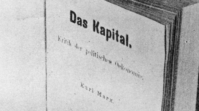 """Página de título de """"El Capital"""" en alemán."""