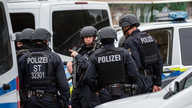 полиция в Галле