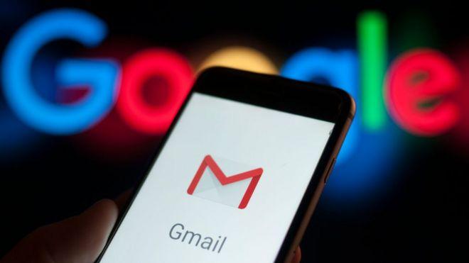Imagen celular con Gmail.