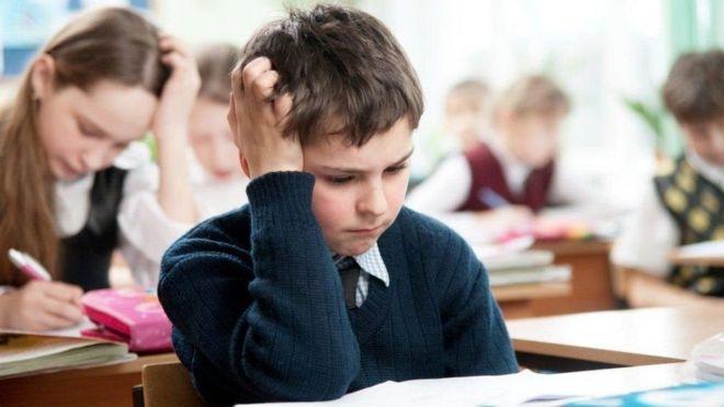 كيف تتعامل مع الأبناء قبل الامتحانات