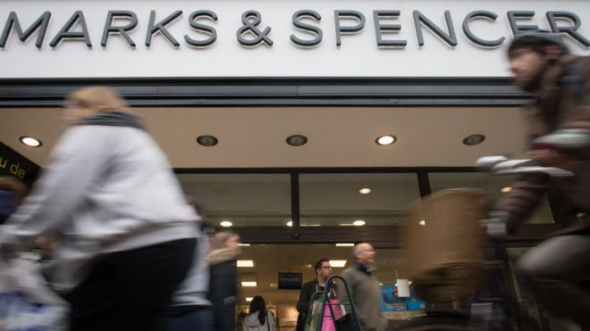 60e87dc14c M&S to close 100 stores by 2022 - BBC News