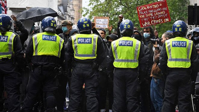 Police racism inquiries in the UK: Do they change how things work?