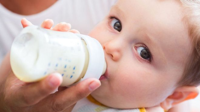 Bottle Feeding Is A Woman S Right Midwives Told BBC News