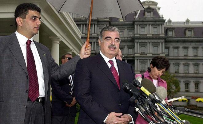 رئيس الوزراء اللبناني السابق رفيق الحريري في البيت الأبيض، الولايات المتحدة، 5 تشرين الثاني/نوفمبر 2002
