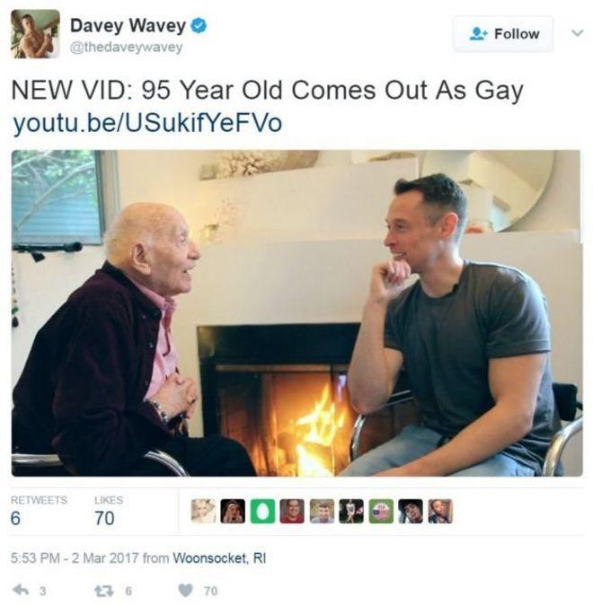 96 साल के समलैंगिक दादा जी! - BBC News हिंदी