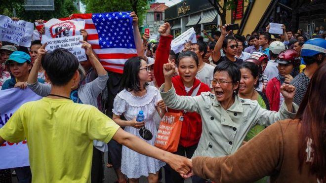 Vấn đề tự do ngôn luận, tự do tụ họp vẫn là chủ đề được các quốc gia tra vấn phía Việt Nam nhiều nhất
