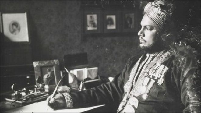 Queen Victoria And Abdul Diaries Reveal Secrets