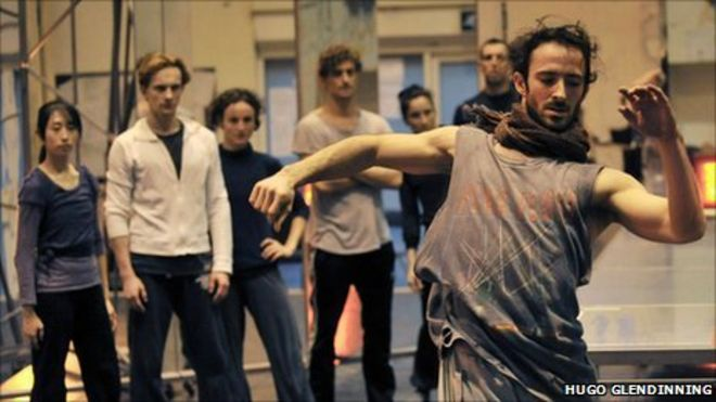 Aaron Sillis In Rehearsal