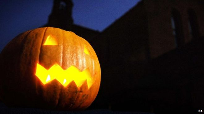 The history of Halloween - how it all started - CBBC Newsround