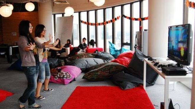 Outstanding Malaysia Aims For Hi Tech Future Bbc News Uwap Interior Chair Design Uwaporg