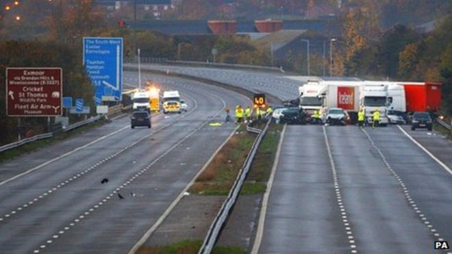 M5 crash: Fears 'more than 10 killed' - BBC News