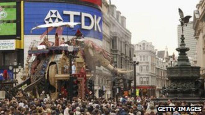 Султан Слон в Лондоне
