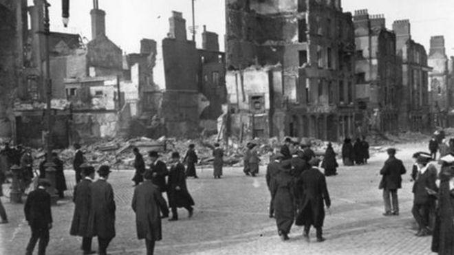Руины Саквилль-стрит в Дублине после Пасхального восстания
