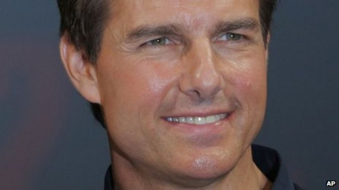 Tom Cruise St Albans curry house visit made into movie - BBC