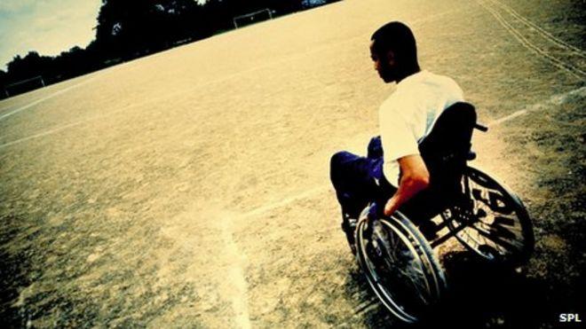 Общий образ человека в инвалидной коляске
