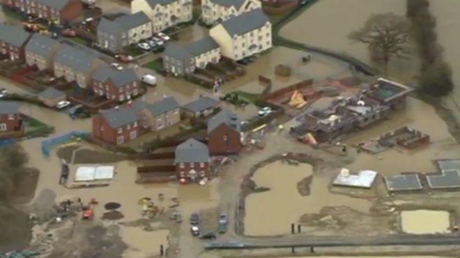 Ruthin floods: £250,000 to make Glasdir estate safe, says report