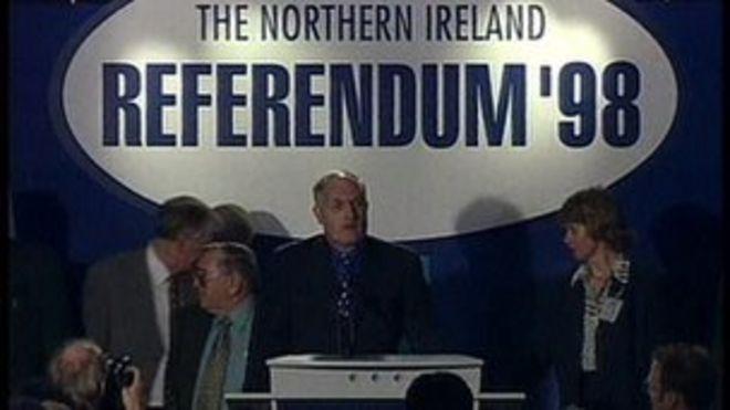 Результаты референдума были объявлены в Королевском зале