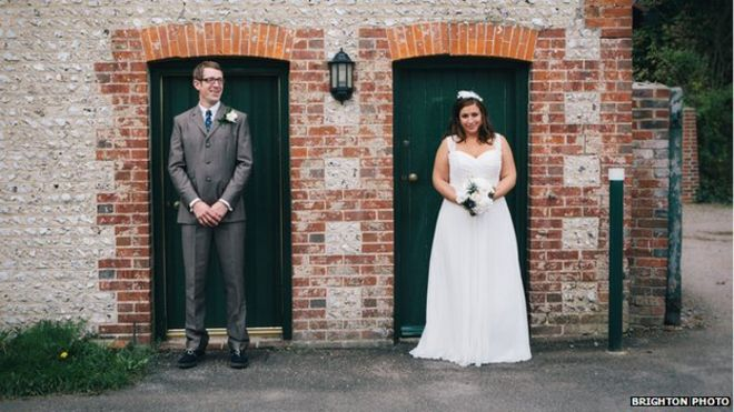 The Rise Of The Bloggable Wedding Bbc News