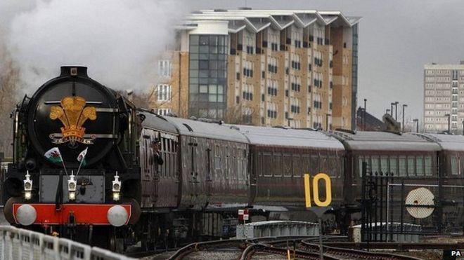 Королевский поезд
