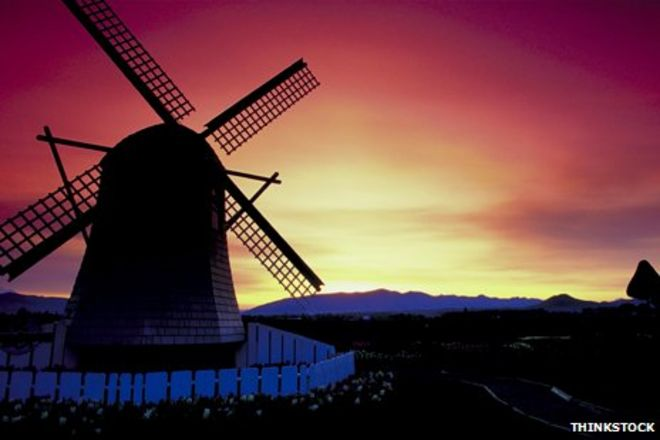 Smashed Hits: The Windmills Of Your Mind - BBC News