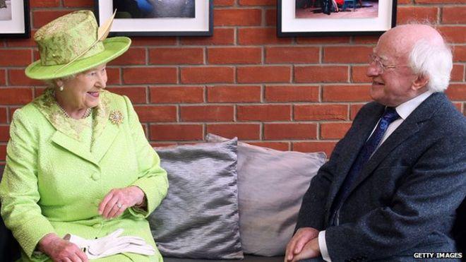 Королева Елизавета II и Майкл Д. Хиггинс