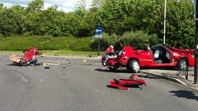 Man Killed And Another Seriously Injured In Swindon Crash Bbc News
