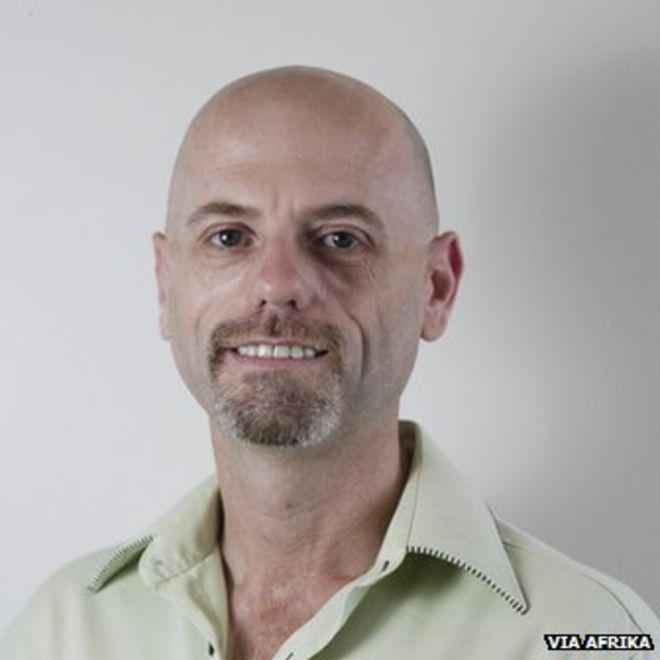 Майкл Гудман, Виа Африка