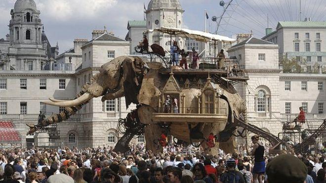 Слон султана в Лондоне в 2006 году