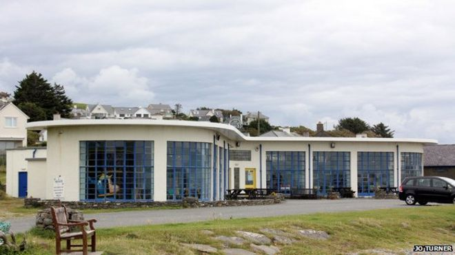 The Morannedd building