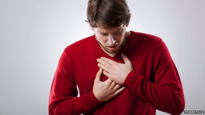 Heartburn 'possible cancer sign' warning - BBC News