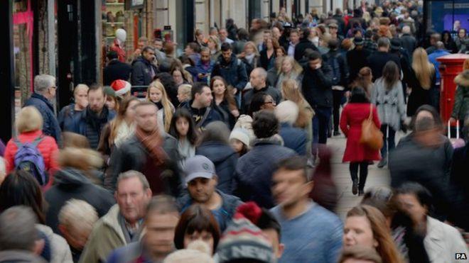 London's population high: Top metropolis facts - BBC News