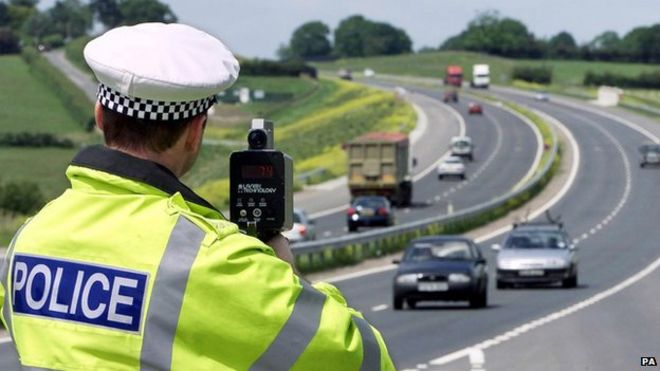 Drop in number of traffic police in England and Wales - BBC News