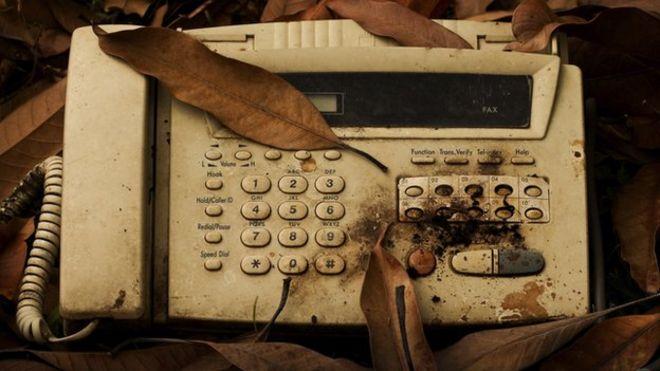 Факс в грязи