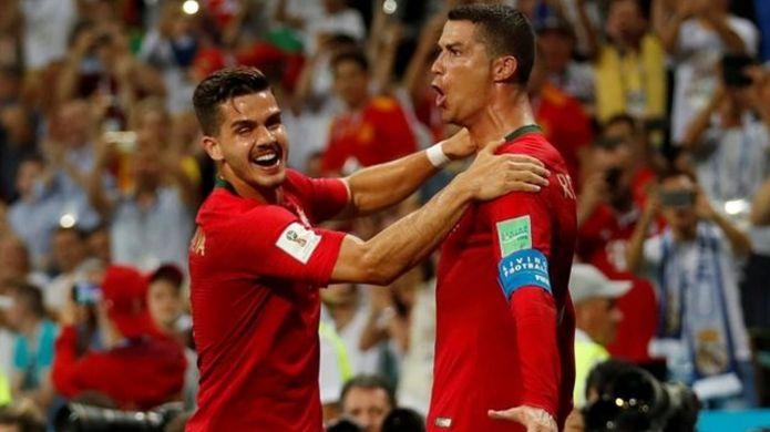 "Cristiano Ronaldo celebró su ""hat trick"""