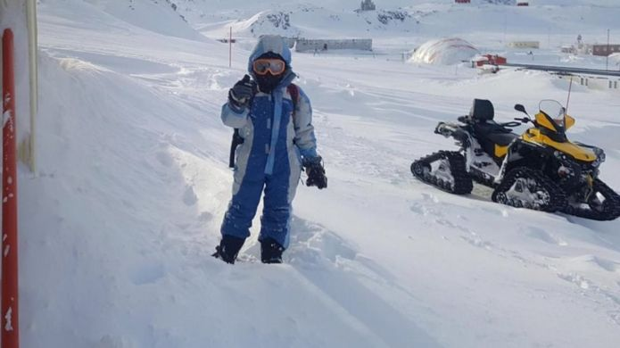 """الثلوج تغطي أرجاء المستعمرة البشرية في """"فياس لاس إيسترياس"""""""