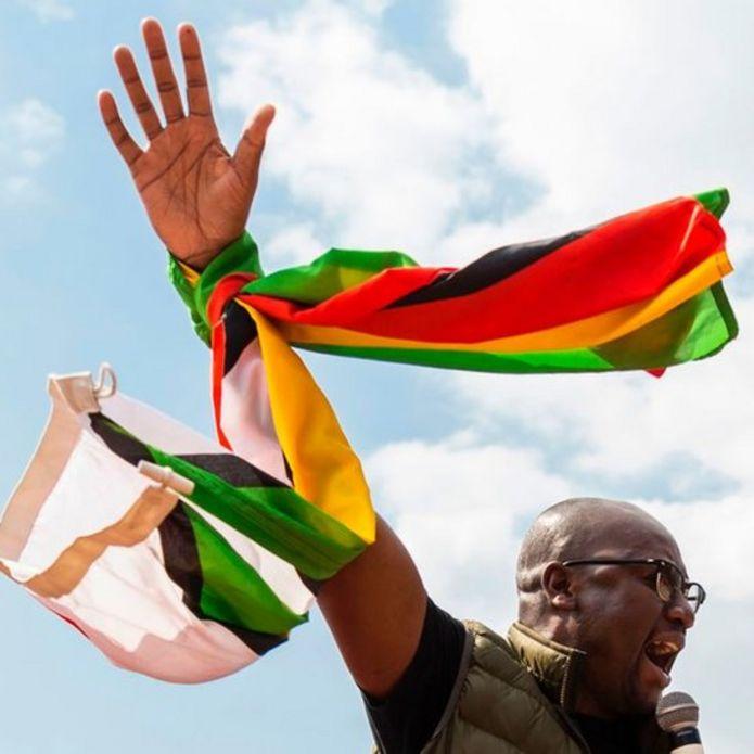 Evan Mawararire, un fuerte opositor, usó las redes sociales en 2016 para organizar las mayores protestas antigubernamentales de la última década.