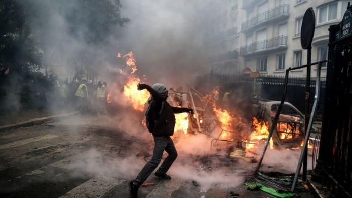 شورشهای روز شنبه پاریس