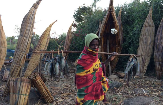 https://ichef.bbci.co.uk/news/695/cpsprodpb/F325/production/_100154226_ethio-lake-tana-fishermen_9.jpg