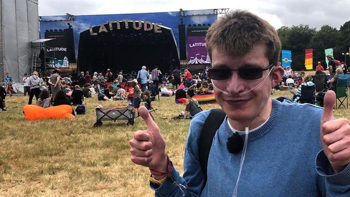 Terminally ill man fulfils Latitude Festival bucket list dream